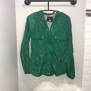 Ladies green lightweight jacket size small